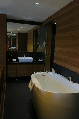 Horizon Hotel: ...