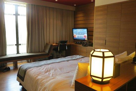 Horizon Hotel: ..