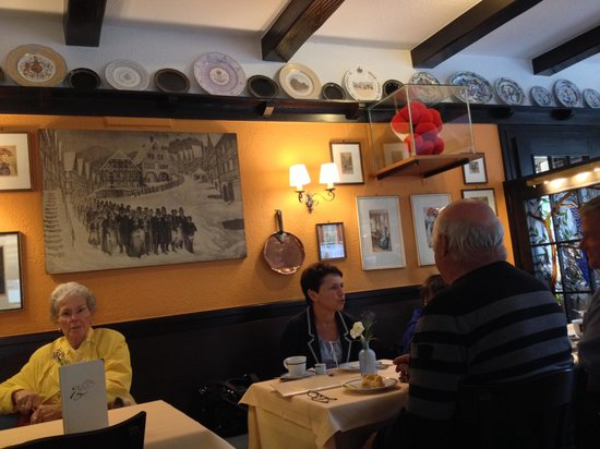 Cafe Konditorei Bachbeck: A trip back in time