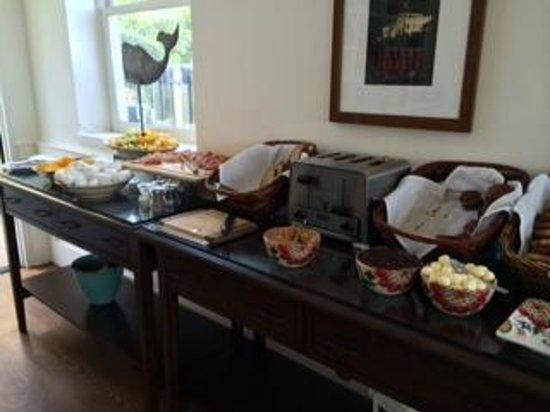 Pavilion Hotel: breakfast