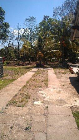 Hostal Calle Real: Parqueo privado y seguro