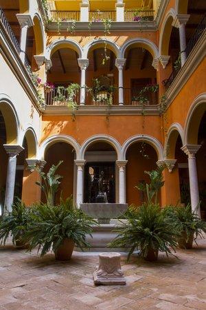 Boutique Hotel Casa del Poeta: PATIO PRINCIPAL