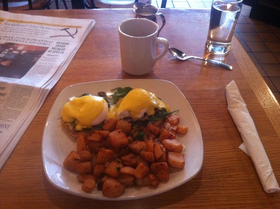 Windmills: Eggs Florentine