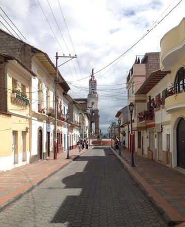 Hostal El Arbolito: a street in town