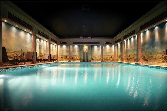 Rowhill Grange Hotel & Utopia Spa: Swimming Pool
