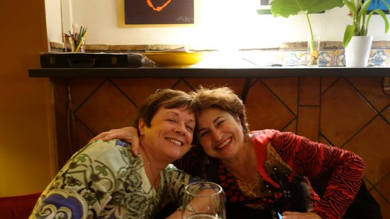 Baraka Bed and Breakfast: Lyn and Anahid (on the right) at TapArte in Ronda
