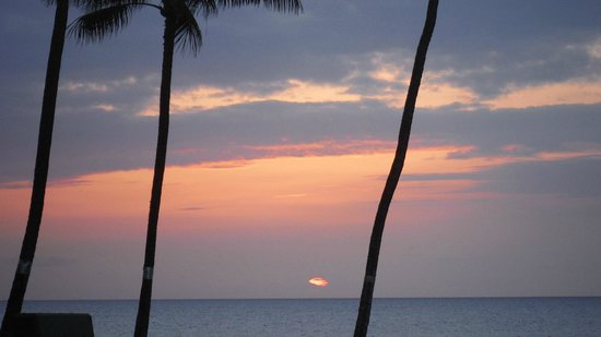 Maui Banyan Condos: more sunset