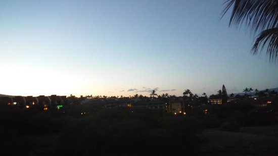 Maui Banyan Condos: Sunrise
