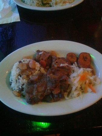 Flava Caribbean Food and Rum Bar : Oxtail
