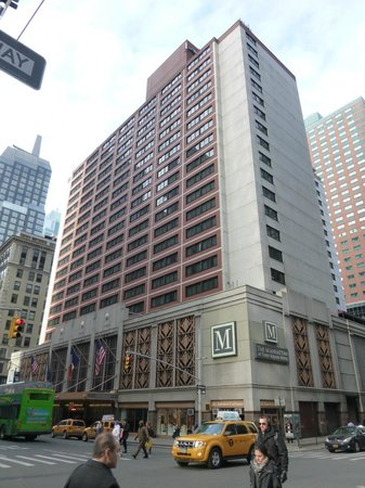 The Manhattan at Times Square Hotel: Hotel von aussen