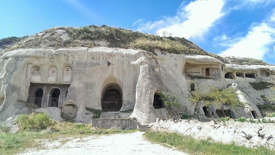 Elif Star Caves: Nearby scenery