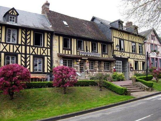 Auberge de L'Abbaye : The Auberge