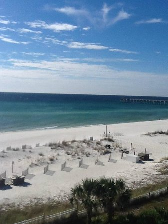 Hampton Inn Pensacola Beach: View from balcany on my wedding day