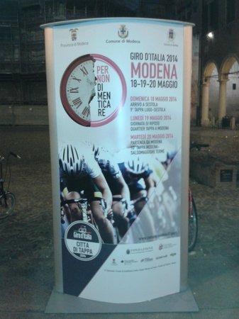 Omer: Locale nel cuore di Modena una citta'interessante tutto l'anno x eventi vari