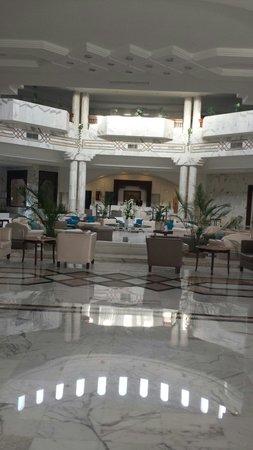 Djerba Plaza Hotel & Spa : Hall principal