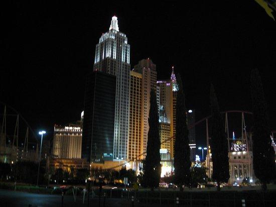 New York - New York Hotel and Casino: NY NY at night