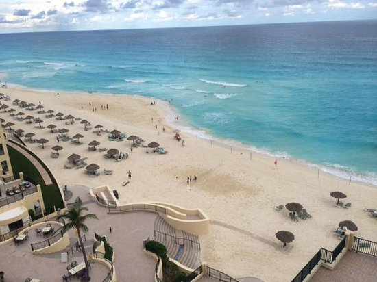 The Royal Sands Resort & Spa All Inclusive : Beach area