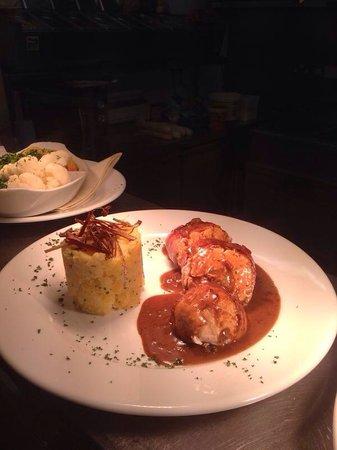 The Cornhill Inn: Chicken rob Roy ��