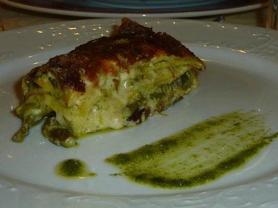 lasagnetta asparagi e pesto di campo