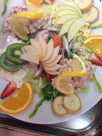 The Cornhill Inn: Summer salads ��