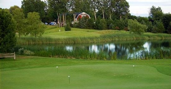Bay Meadows Golf Course: Breathtaking Waters and rolling Meadows