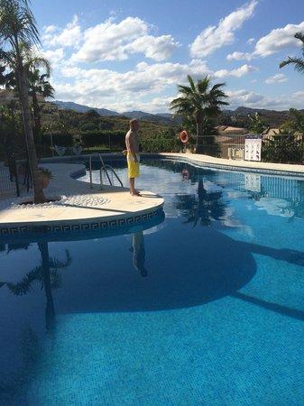 La Cala Hills: By the pool