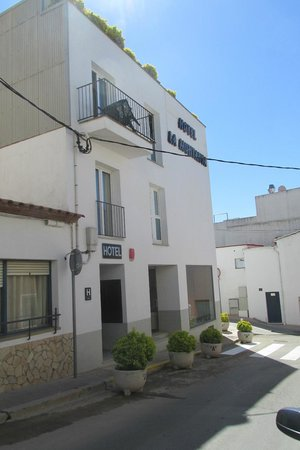 Hotel La Muntanya: entrada del hotel
