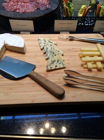 Park Hyatt Paris - Vendome: buffet breakfast