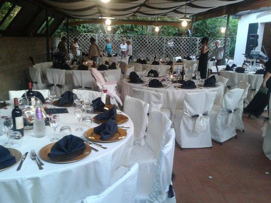 Fattoria Ristorante La Steccaia: terrazza per cerimonie