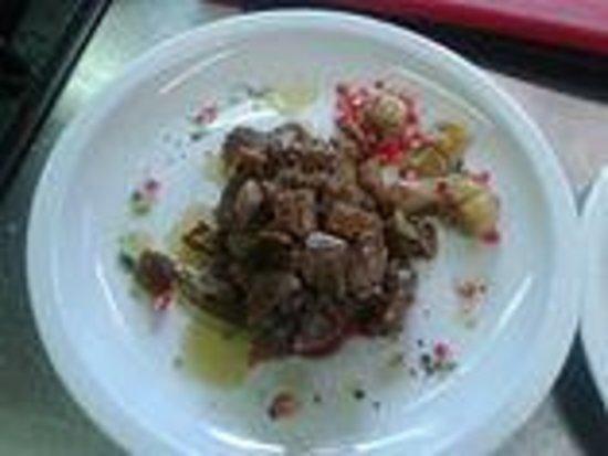 Fattoria Ristorante La Steccaia: filetto con funghi porcini