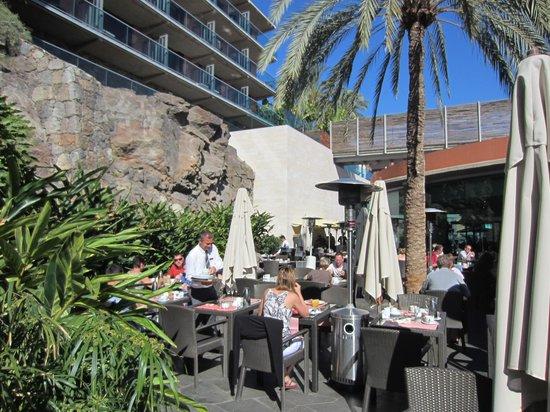 Sheraton Gran Canaria Salobre Golf Resort: Die Restaurantterasse