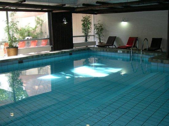 Best Western Leoso Hotel Leverkusen: Schwimmbad