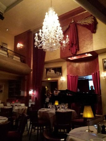 Bel Canto - Neuilly: le lustre
