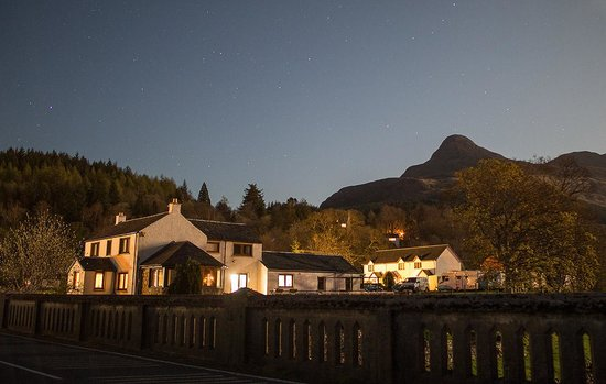 Invercoe Highland Holidays: Invercoe by moonlight