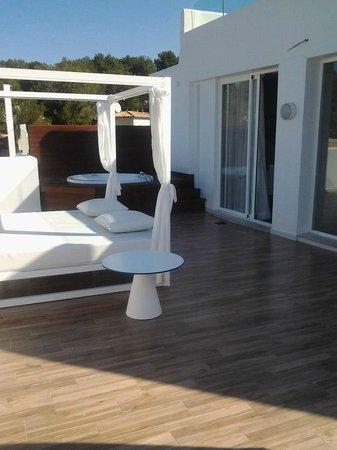 FERGUS Style Cala Blanca Suites: terrazzo suite deluxe