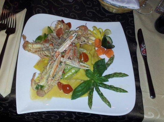 Ristorante Caruso: Pappardelle con Scampi e Asparagi