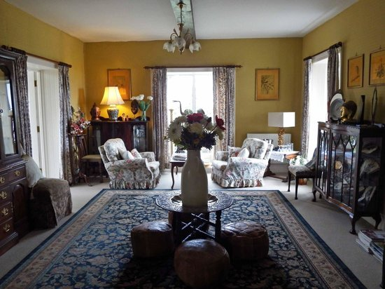Whitepark House: Front Parlor