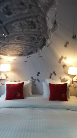 The Royal Snail Hotel : Bedroom