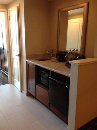 Embassy Suites by Hilton Tampa - Downtown Convention Center: wet bar, microwave and fridge in room #1704