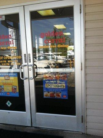 Golden Corral: Clarksville-great food!