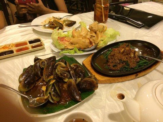 Layar Seafood : Yumyy