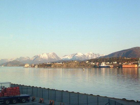 Quality Hotel Waterfront Alesund: vista desde la hab.214