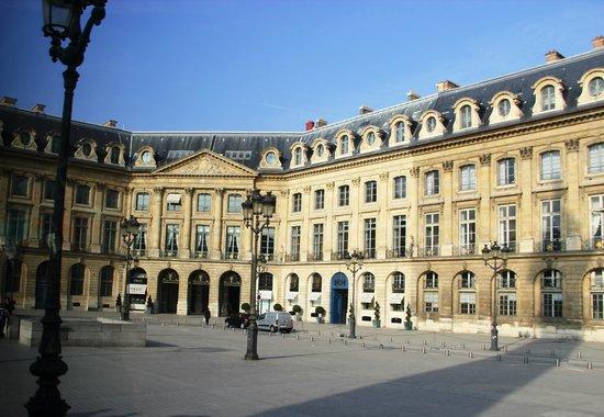 Hotel Royal Madeleine: Lovre ca 500 Meter entfernt