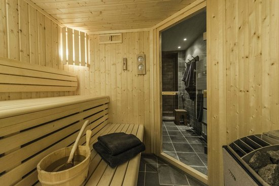 Alpine Escape : Chalet Belvedere sauna