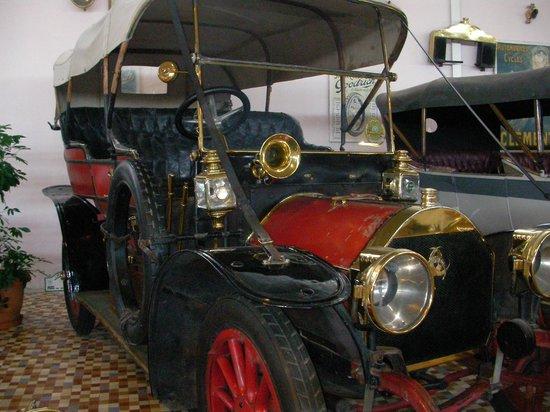 voitures de l gende picture of musee automobile de vendee talmont saint hilaire tripadvisor. Black Bedroom Furniture Sets. Home Design Ideas