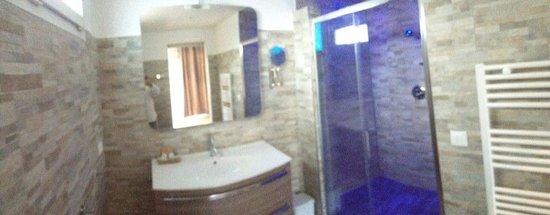 Hotel de la Mer : Salle de bains