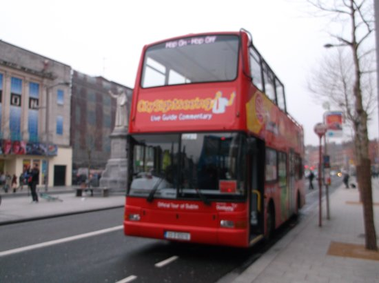 City Sightseeing Dublin: The sightseeing bus in O'Connell Street