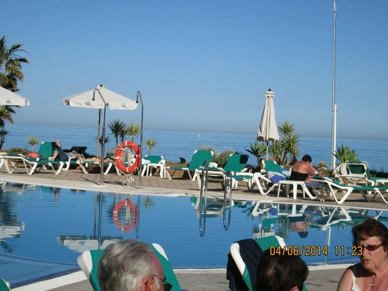 SENTIDO Amaragua: pool area