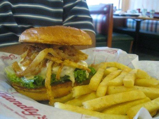 Friendly's: Heinz 57 burger