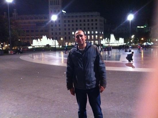 Plaza de Cataluña: şehrin kalbi